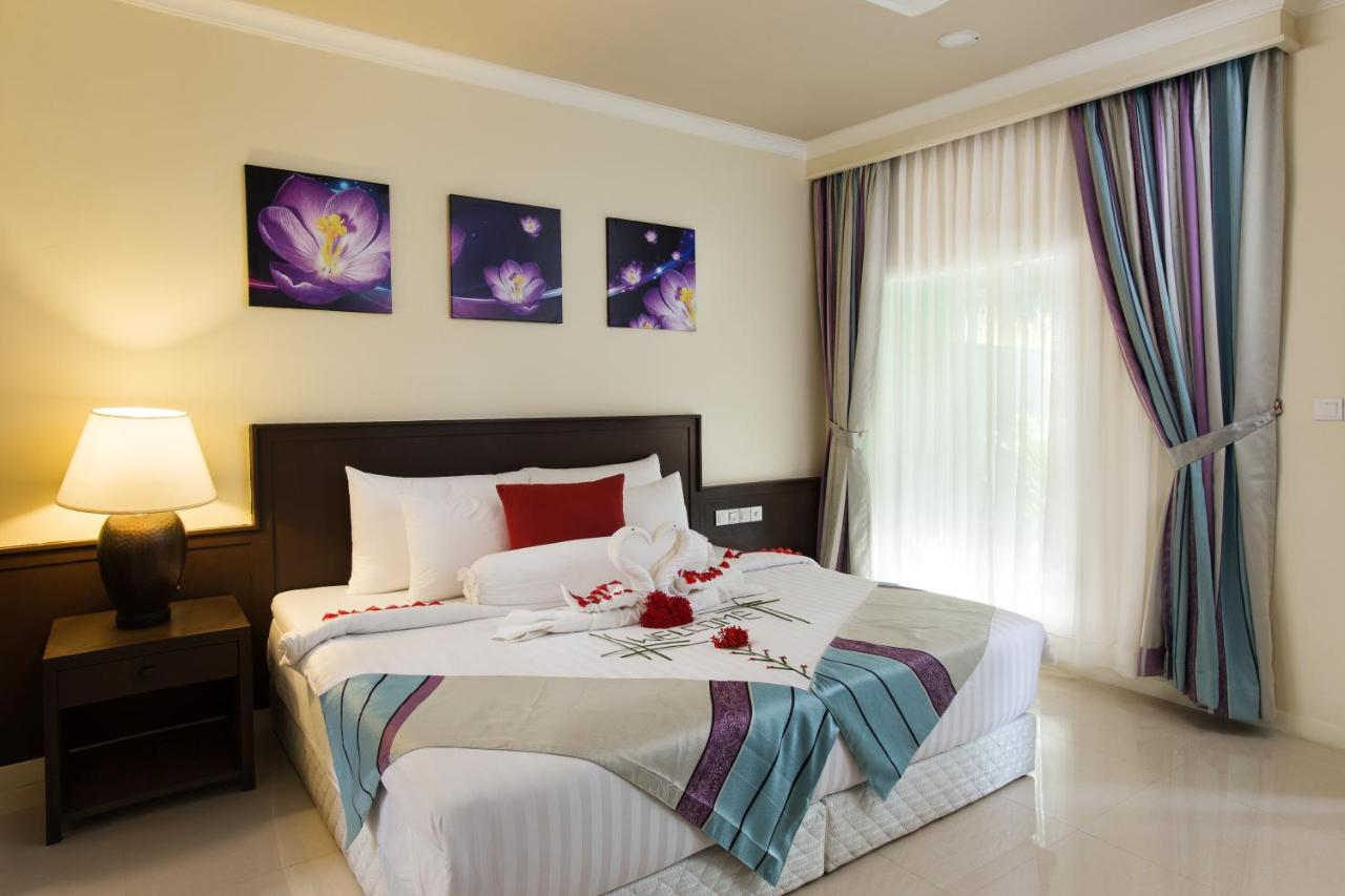 hotel, Hotels,Goidhoo, lodging, accommodation, special offers, packages, specials, weekend breaks, city breaks, deals Goidhoo Maldives, budget, cheap, discount, savings