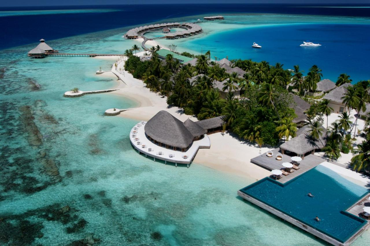 ach poolhuvafen fushi maldives
