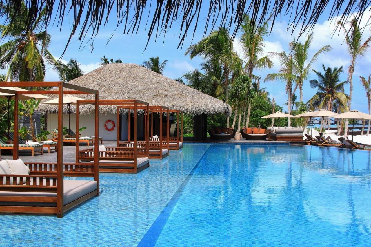Experience world-class service at The Residence Maldives