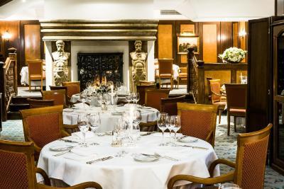 アールヌーボー パレス ホテル チェコ プラハ Booking Com