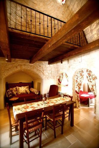 ห้องอาหารหรือที่รับประทานอาหารของ Trulli e Puglia Resort