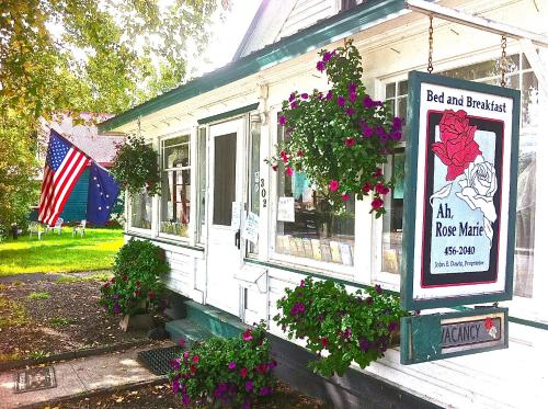 Ah, Rose Marie Downtown Bed and Breakfast