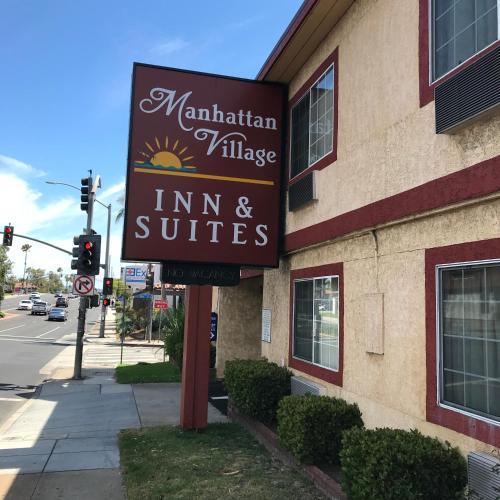 Manhattan Inn & Suites.