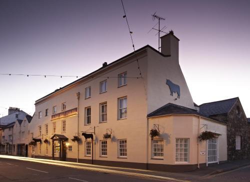 Ye Olde Bulls Head Inn & Townhouse