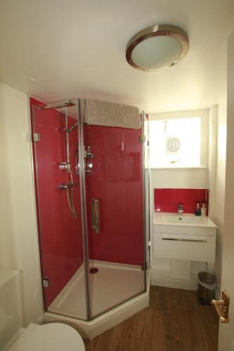 ห้องน้ำของ Bath Boating Station