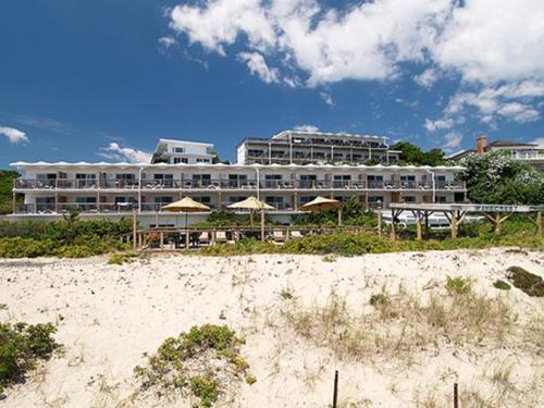 Wavecrest Resort