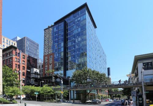 Downtown Seattle Apartel