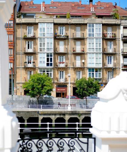 ホテル リパ