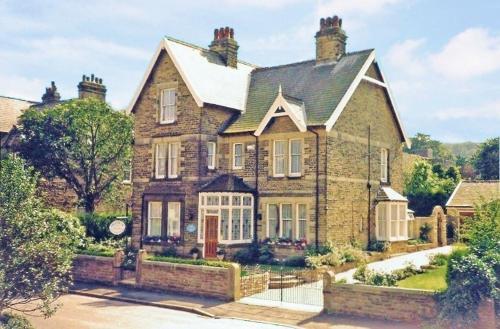 Braemar Guest House