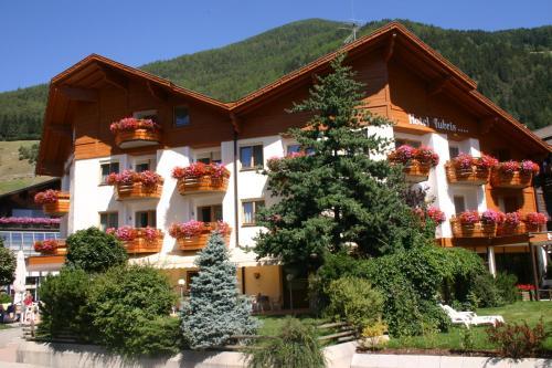 Hotel Tubris