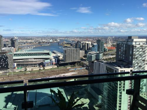 City View Melbourne CBD Homestay