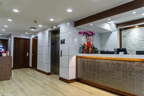 フラッシング セントラル ホテル