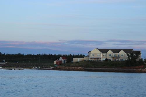 Inn at the Pier