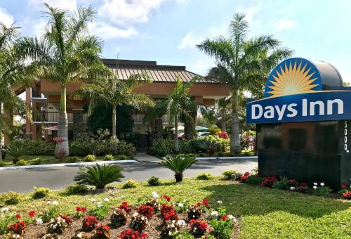 Days Inn Sarasota Bay