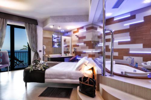 マーレ ホテル