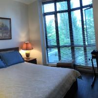 City Centre Cozy Townhouse 2 Minutes to Skytrain Station