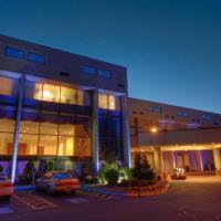 Radisson Hotel Cromwell