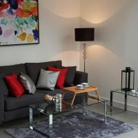 Gazzano Two Bedroom Apartment in Farringdon.