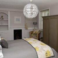 Villa Italianate Apartment - Central Brighton