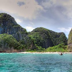 เกาะพีพี 157 โรงแรม