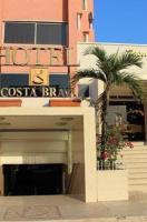 Hotel Costa Brava </h2 <div class=sr-card__item sr-card__item--badges <div style=padding: 2px 0    </div </div <div class=sr-card__item sr-card__item--location  data-ga-track=click data-ga-category=SR Card Click data-ga-action=Hotel location data-ga-label=book_window: 10 day(s)  <svg class=bk-icon -iconset-geo_pin sr_svg__card_icon height=12 width=12<use xlink:href=#icon-iconset-geo_pin</use</svg <div class= sr-card__item__content   <strong class='sr-card__item--strong'Porlamar</strong &bull; cách  <span 19 km </span  từ La Guardia </div </div </div <div class= sr-card__price m_sr_card__price_with_unit_name  data-et-view= BKPBOLBdJNJDKVJWcC:1  OMOQcUFDCXSWAbDZAWe:1    <div class=m_sr_card__price_unit_name m_sr_card__price_small Ph&ograve;ng Gi&#x1B0;&#x1EDD;ng &#x110;&ocirc;i </div    <div class=sr_price_wrap    data-et-view=      <span class=sr-card__price-cheapest  data-ga-track=click data-ga-category=SR Card Click data-ga-action=Hotel price data-ga-label=book_window: 10 day(s)   TL144 </span  </div       <div class=prd-taxes-and-fees-under-price  blockuid- charges-type-2 data-excl-charges-raw=7.19 data-cur-stage=2  +TL7 thuế và phí  </div     <div class=breakfast_included--constructive u-font-weight:bold </div </div </div </a </li <div data-et-view=cJaQWPWNEQEDSVWe:1</div <li id=hotel_1349217 data-is-in-favourites=0 data-hotel-id='1349217' class=sr-card sr-card--arrow bui-card bui-u-bleed@small js-sr-card m_sr_info_icons card-halved card-halved--active   <a href=/hotel/ve/posada-la-arcadia.vi.html?label=gen173nr-1FCAQoggJCDWNpdHlfLTM4NzUzNzRIKlgEaOQBiAEBmAEquAEYyAEF2AEB6AEB-AEDiAIBqAIEuAKmu5TnBcACAQ&sid=7fc3ed549f2cf373e5e580ea178be6f1&checkin=2019-06-01&checkout=2019-06-02&dest_id=-3875374&dest_type=city&fcpilot=0&hapos=3&hpos=3&nflt=pri%3D&sr_order=price&srepoch=1558519206&srpvid=f1b846537791012c&ucfs=1&matching_block_id=134921704_106657335_2_0_0&ref_is_wl=1&srhp=1 target=_blank class=sr-card__row bui-card__content data-et-view=  <div class=sr-card__image js-sr