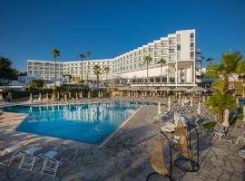 Leonardo Plaza Cypria Maris Beach Hotel & Spa, พาฟอส