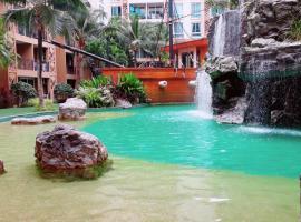 Atlantis Condo Resort By Somphong
