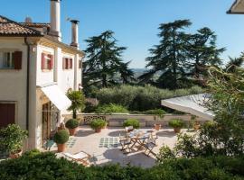 Case di San Martino Villa Sleeps 13 Pool Air Con