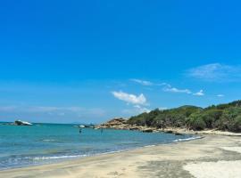 The Cove Hostel - Tong Fuk Sea Lion