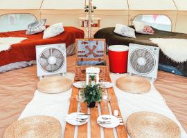 Go Glamping-Luxury Bell Tent