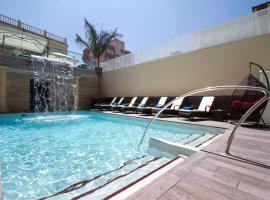 El Tiburon Boutique Hotel - Adults Only, ทอร์เรโมลินอส