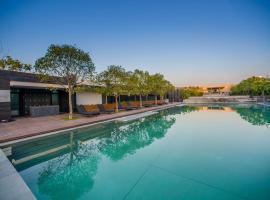 Bay Breeze Resort (All Villas)