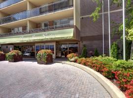 Town Inn Suites, โตรอนโต