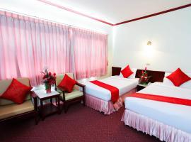 โรงแรมชุมพรพาเลซ