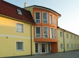 Hotel Radlinger, Himberg