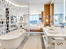 Royal Hideaway Corales Beach - Adults Only, by Barceló Hotel Group, อาเดเฮ