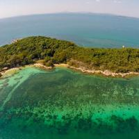 Mantakiri Island Resort