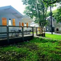 Dunmore Gardens Log Cabins