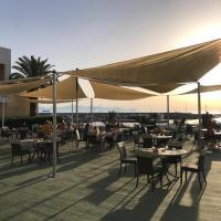 Palm Beach Hotel(棕榈海滩酒店)