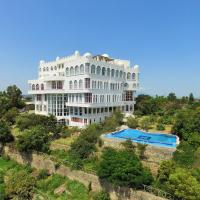 La Residence Hotel & Spa </h2 <div class=sr-card__item sr-card__item--badges <div class= sr-card__badge sr-card__badge--class u-margin:0  data-ga-track=click data-ga-category=SR Card Click data-ga-action=Hotel rating data-ga-label=book_window: 10 day(s)  <i class= bk-icon-wrapper bk-icon-stars star_track  title=4 tärniga  <svg aria-hidden=true class=bk-icon -sprite-ratings_stars_4 focusable=false height=10 width=43<use xlink:href=#icon-sprite-ratings_stars_4</use</svg                     <span class=invisible_spoken4 tärniga</span </i </div   <div style=padding: 2px 0  <div class=bui-review-score c-score bui-review-score--smaller <div class=bui-review-score__badge 6,9 </div <div class=bui-review-score__content <div class=bui-review-score__title Meeldiv </div </div </div   </div </div <div class=sr-card__item   data-ga-track=click data-ga-category=SR Card Click data-ga-action=Hotel location data-ga-label=book_window: 10 day(s)  <svg class=bk-icon -iconset-geo_pin sr_svg__card_icon height=12 width=12<use xlink:href=#icon-iconset-geo_pin</use</svg <div class= sr-card__item__content   Adama • <span 1,8 km </span  keskusest </div </div </div <div class= sr-card__price m_sr_card__price_with_unit_name  data-et-view=  OMOQcUFDCXSWAbDZAWe:1    <div class=m_sr_card__price_unit_name m_sr_card__price_small Kaheinimesetuba, Double </div <div data-et-view=OMeRQWNdbLGMGcZUYaTTDPdVO:9</div    <div class=sr_price_wrap    data-et-view=      <span class=sr-card__price-cheapest  data-ga-track=click data-ga-category=SR Card Click data-ga-action=Hotel price data-ga-label=book_window: 10 day(s)   TL 445 </span  </div       <div class=prd-taxes-and-fees-under-price  blockuid- charges-type-2 data-excl-charges-raw= data-cur-stage=2  + TL 0 makse ja tasusid  </div     <div class=breakfast_included--constructive u-font-weight:bold </div </div </div </a </li <div data-et-view=cJaQWPWNEQEDSVWe:1</div <li class=bui-spacer--medium <div data-et-view=OLBEHIMLaUWcfYYYOIFaHe:2</div <div class=bui-alert bui-alert--info bui-u-bleed@small role=status data-e2e=auto_extension_banner <span class=icon--hint bui-alert__icon role=presentation <svg class=bk-icon -iconset-info_sign height=24 role=presentation width=24<use xlink:href=#icon-iconset-info_sign</use</svg </span <div class=bui-alert__description <p class=bui-alert__text <spanSoovitus:</span proovi neid lähedal asuvaid majutusasutusi ... </p </div </div </li <li id=hotel_1718751 data-is-in-favourites=0 data-hotel-id='1718751' data-lazy-load-nd class=sr-card sr-card--arrow bui-card bui-u-bleed@small js-sr-card m_sr_info_icons card-halved card-halved--active   <a href=/hotel/et/kuriftu-resort-and-spa-adama.et.html?label=gen173nr-1FCAQoggJCDmNpdHlfOTAwMDU1NTkwSAtYBGjkAYgBAZgBC7gBGMgBBdgBAegBAfgBA4gCAagCBLgC-OKa6AXAAgE&sid=a8451e893dc6aade682c5def21730f09&all_sr_blocks=171875101_90191321_2_1_0&checkin=2019-06-26&checkout=2019-06-27&dest_id=900055590&dest_type=city&hapos=2&highlighted_blocks=171875101_90191321_2_1_0&hpos=2&nflt=pri%3D&sr_order=price&srepoch=1560719736&srpvid=ad37957cee9401b5&ucfs=1&matching_block_id=171875101_90191321_2_0_0&srhp=1&ref_is_wl=1 target=_blank class=sr-card__row bui-card__content data-et-click=customGoal:NAREFcMEbFeceMaNCTYAKe:4  <div class=sr-card__image js-sr_simple_card_hotel_image has-debolded-deal js-lazy-image sr-card__image--lazy data-src=https://r-ak.bstatic.com/xdata/images/hotel/square200/107786628.jpg?k=94e318f52b6f1131f7b7cf5f317a219f5bff1625e1b38d37659bbce0d323a356&o=&s=1,https://q-ak.bstatic.com/xdata/images/hotel/max1024x768/107786628.jpg?k=3f0d556c3ada21f526ee08d7b7bf9889fe809dcb65382e2dd9bf6d02ccdb528a&o=&s=1  <div class=sr-card__image-inner css-loading-hidden </div <noscript <div class=sr-card__image--nojs style=background-image: url('https://r-ak.bstatic.com/xdata/images/hotel/square200/107786628.jpg?k=94e318f52b6f1131f7b7cf5f317a219f5bff1625e1b38d37659bbce0d323a356&o=&s=1')</div </noscript </div <div class=sr-card__details data-et-click=     <div class=sr-card_details__inner <h2 class=sr-card__name u-margin:0 u-padding:0 data-ga-track=click data-ga-category=SR Card Click data-ga-action=Hotel name data-ga-label=book_window: 10 day(s)  Kuriftu Resort and Spa Adama </h2 <div class=sr-card__item sr-card__item--badges <div style=padding: 2px 0    </div </div <div class=sr-card__item   data-ga-track=click data-ga-category=SR Card Click data-ga-action=Hotel location data-ga-label=book_window: 10 day(s)  <svg class=bk-icon -iconset-geo_pin sr_svg__card_icon height=12 width=12<use xlink:href=#icon-iconset-geo_pin</use</svg <div class= sr-card__item__content   <strong class='sr-card__item--strong'Nazrēt</strong • <span 1,9 km </span  kaugusel sihtkohast Adama </div </div </div <div class= sr-card__price m_sr_card__price_with_unit_name  data-et-view=  OMOQcUFDCXSWAbDZAWe:1    <div class=m_sr_card__price_unit_name m_sr_card__price_small Kaheinimesetuba, Double </div <div data-et-view=OMeRQWNdbLGMGcZUYaTTDPdVO:3</div <div data-et-view=OMeRQWNdbLGMGcZUYaTTDPdVO:4</div <div data-et-view=OMeRQWNdbLGMGcZUYaTTDPdVO:9</div    <div class=sr_price_wrap   sr_simple_card_price--include-free-cancelation   data-et-view=      <span class=sr-card__price-cheapest  data-ga-track=click data-ga-category=SR Card Click data-ga-action=Hotel price data-ga-label=book_window: 10 day(s)   TL 176 </span  </div       <div class=prd-taxes-and-fees-under-price  blockuid- charges-type-1 data-excl-charges-raw= data-cur-stage=1  sisaldab makse ja tasusid </div     <div class=breakfast_included--constructive u-font-weight:bold Hommikusöök hinna sees </div  <p class=sr_simple_card_price_includes css-loading-hidden <span <span class=sr-card__item--strongTASUTA</span tühistamine </span </p <p class=sr_simple_card_price_includes css-loading-hidden <span  <span class=u-display-block u-font-weight-boldETTEMAKSU POLE VAJA</span – maksa kohapeal  </span </p  </div </div </a </li </ol </div <div data-block=pagination </div <script if( window.performance && performance.measure && 'b-fold') { performance.measure('b-fold'); } </script  <script (function () { if (typeof EventTarget !== 'undefined') { if (typeof EventTarget.prototype.dispatchEvent === 'undefined' && typeof EventTarget.prototype.fireEvent === 'function') { EventTarget.prototype.dispatchEvent = EventTarget.prototype.fireEvent; } } if (typeof window.CustomEvent !== 'function') { // Mobile IE has CustomEvent implemented as Object, this fixes it. var CustomEvent = function(event, params) { // don't delete var evt; params = params || {bubbles: false, cancelable: false, detail: undefined}; try { evt = document.createEvent('CustomEvent'); evt.initCustomEvent(event, params.bubbles, params.cancelable, params.detail); } catch (error) { // fallback for browsers that don't support createEvent('CustomEvent') evt = document.createEvent(Event); for (var param in params) { evt[param] = params[param]; } evt.initEvent(event, params.bubbles, params.cancelable); } return evt; }; CustomEvent.prototype = window.Event.prototype; window.CustomEvent = CustomEvent; } if (!Element.prototype.matches) { Element.prototype.matches = Element.prototype.matchesSelector || Element.prototype.msMatchesSelector || Element.prototype.oMatchesSelector || Element.prototype.webkitMatchesSelector; } if (!Element.prototype.closest) { Element.prototype.closest = function(s) { var el = this; if (!document.documentElement.contains(el)) return null; do { if (el.matches(s)) return el; el = el.parentElement || el.parentNode; } while (el !== null && el.nodeType === 1); return null; }; } }()); (function(){ var searchboxEl = document.querySelector('.js-searchbox_redesign'); if (!searchboxEl) return; var groupChildren = searchboxEl.querySelector('[name=group_children]'); var childAgesEl = searchboxEl.querySelector('.js-child-ages'); var childAgesLabelEl = searchboxEl.querySelector('.js-child-ages-label'); var ageOptionHTML; var childrenNo; function showChildrenAges() { childAgesEl.style.display = 'block'; childAgesLabelEl.style.display = 'block'; } function hideChildrenAges() { childAgesEl.style.display = 'none'; childAgesLabelEl.style.display = 'none'; } function onGroupChildenChange(e) { var newValue = parseInt(e.target.value); if (newValue  childrenNo) { for (var i = newValue; i  childrenNo; i--) { childAgesEl.insertAdjacentHTML('beforeend', ageOptionHTML); } } else { var els = childAgesEl.querySelectorAll('.js-age-option-container'); for (var i = els.length - 1; i = 0; i--) { if (i = newValue) { var el = els[i]; if (el.parentNode !== null) { el.parentNode.removeChild(el); } } } } if (newValue == 0 && childrenNo  0) { hideChildrenAges(); } if (newValue  0 && childrenNo == 0) { showChildrenAges(); } childrenNo = newValue; } if (groupChildren) { groupChildren.disabled = false; childrenNo = parseInt(groupChildren.value); if (childrenNo  0) { showChildrenAges(); } ageOptionHTML = document.querySelector('#sb-age-option-container').innerHTML; groupChildren.addEventListener('change', onGroupChildenChange); document.addEventListener('cp:sb-group-children-ready', function() { groupChildren.removeEventListener('change', onGroupChildenChange); }); } }()); </script <div class=css-loading-hidden m_lp_below_fold_container <div data-et-view=HCZVfDaNPQDVCDdHFBddQFfdXUJKDKaT:2</div <div id=sr_nearby_destinations data-component=sr_lazy_load_nearby_destinations </div </div </div </div <div class= tabbed-nav--content tabbed-nav--content__search tabbed-nav--content__search-with-tabs  data-tab-id=search id=tabbed_search  <div class= sb__tabs js-sb__tabs <div class= sb__tabs__item js-sb__tabs__item active data-id=sb_hotels  <form id=form_search_location class=js-searchbox_redesign searchbox_redesign searchForm searchbox_fullwidth placeholder_clear b-no-tap-highlight name=frm action=/searchresults.et.html?label=gen173nr-1FCAQoggJCDmNpdHlfOTAwMDU1NTkwSAtYBGjkAYgBAZgBC7gBGMgBBdgBAegBAfgBA4gCAagCBLgC-OKa6AXAAgE;sid=a8451e893dc6aade682c5def21730f09;srpvid=ad37957cee9401b5& method=get data-component=searchbox/destination/near-me  <input type=hidden value=searchresults name=src <input type=hidden name=rows value=20 / <input type=hidden name=error_url value=https://m.booking.com/index.et.html?label=gen173nr-1FCAQoggJCDmNpdHlfOTAwMDU1NTkwSAtYBGjkAYgBAZgBC7gBGMgBBdgBAegBAfgBA4gCAagCBLgC-OKa6AXAAgE;sid=a8451e893dc6aade682c5def21730f09;srpvid=ad37957cee9401b5&; / <input type=hidden name=label value=gen173nr-1FCAQoggJCDmNpdHlfOTAwMDU1NTkwSAtYBGjkAYgBAZgBC7gBGMgBBdgBAegBAfgBA4gCAagCBLgC-OKa6AXAAgE / <input type=hidden name=lang value=et / <input type=hidden name=sid value=a8451e893dc6aade682c5def21730f09 / <input type=hidden name=sb value=1 <div class=destination-bar <div id=searchbox_tab <div id=input_destination_wrap <input type=hidden name=city value=900055590 / <input type=hidden name=ssne value=Adama / <input type=hidden name=ssne_untouched value=Adama / <div class=searchbox_input_with_suggestion ui-autocomplete-root <div class=dest-input--with-icons <svg aria-hidden=true class=bk-icon -fonticon-search bk-icon--search sr-svg--header_icon_search focusable=false height=14 width=15<use xlink:href=#icon-fonticon-search</use</svg <input type=search id=input_destination name=ss spellcheck=false autocapitalize=off autocorrect=off autocomplete=off class= input_destination js-input_dest has_placeholder input_clear_button_input aria-label=Sisesta oma sihtkoht siia value=Adama  <button class=input_clear_button type=button  <svg class=bk-icon -fonticon-aclose bk-icon--aclose sr-svg--header_icon_aclose height=12 width=14<use xlink:href=#icon-fonticon-aclose</use</svg </button </div </div </div <div id=location_loading style=display: none  class= <img id=loading_icon src=https://r-ak.bstatic.com/mobile/images/hotelMarkerImgLoader/211f81a092a43bf96fc2a7b1dff37e5bc08fbbbf.gif alt=Loading your location / </div <div id=location_found style=display: none  <div id=location_found_text Praeguse asukoha ümbruses </div </div </div </div <fieldset class= searchbox_cals dualcal searchbox_cals_nojs  data-checkin=2019-06-26 data-checkout=2019-06-27  <script type=text/html class=js-cal-inputs <input type=hidden name=checkin_monthday value=16 / <input type=hidden name=checkin_year_month value=2019-6 / <input type=hidden name=checkout_monthday value=17 / <input type=hidden name=checkout_year_month value=2019-6 / </script <div class=searchbox_cals_container <div id=ci_date class= bar b-no-tap-highlight js-searchbox__input dualcal__checkin  data-action=toggle data-clicked-before-ready=0 data-cal=checkin  <div class=bar--container <label class=dual_cal_label Saabumine </label <div id=ci_date_field <span id=ci_date_text class=m_cal_date_string js-loading-invisible data-checkin-text K., 26. juuni 2019 </span </div <svg class=bk-icon -fonticon-checkin searchbox-icon fill=currentColor height=24 width=24<use xlink:href=#icon-fonticon-checkin</use</svg </div <div id=searchBoxLoaderDateCheckIn class=searchbox-before-ready-loading <div class=pure-css-spinner</div </div <select name=checkin_monthday class=js-cal-nojs-input  <option value=Päev</option <option value=1 1</option <option value=2 2</option <option value=3 3</option <option value=4 4</option <option value=5 5</option <option value=6 6</option <option value=7 7</option <option value=8 8</option <option value=9 9</option <option value=10 10</option <option value=11 11</option <option value=12 12</option <option value=13 13</option <option value=14 14</option <option value=15 15</option <option value=16 16</option <option value=17 17</option <option value=18 18</option <option value=19 19</option <option value=20 20</option <option value=21 21</option <option value=22 22</option <option value=23 23</option <option value=24 24</option <option value=25 25</option <option value=26 selected=selected 26</option <option value=27 27</option <option value=28 28</option <option value=29 29</option <option value=30 30</option <option value=31 31</option </select <select name=checkin_year_month class=js-cal-nojs-input  <option value=Kuu</option <option value=2019-6 selected=selected  juuni 2019 </option <option value=2019-7  juuli 2019 </option <option value=2019-8  august 2019 </option <option value=2019-9  september 2019 </option <option value=2019-10  oktoober 2019 </option <option value=2019-11  november 2019 </option <option value=2019-12  detsember 2019 </option <option value=2020-1  jaanuar 2020 </option <option value=2020-2  veebruar 2020 </option <option value=2020-3  märts 2020 </option <option value=2020-4  aprill 2020 </option <option value=2020-5  mai 2020 </option <option value=2020-6  juuni 2020 </option </select <input type=hidden disabled id=ci_date_input name=checkin value=2019-06-26 / </div <div id=co_date class= bar b-no-tap-highlight js-searchbox__input dualcal__checkout  data-action=toggle data-clicked-before-ready=0 data-cal=checkout  <div class=bar--container <label class=dual_cal_label Lahkumine </label <div id=co_date_field <span id=co_date_text class=m_cal_date_string js-loading-invisible data-checkout-text N., 27. juuni 2019 </span </div <svg class=bk-icon -fonticon-checkin searchbox-icon fill=currentColor height=24 width=24<use xlink:href=#icon-fonticon-checkin</use</svg <div id=searchBoxLoaderDateCheckOut class=searchbox-before-ready-loading <div class=pure-css-spinner</div </div </div <select name=checkout_monthday class=js-cal-nojs-input  <option value=Päev</option <option value=1 1</option <option value=2 2</option <option value=3 3</option <option value=4 4</option <option value=5 5</option <option value=6 6</option <option value=7 7</option <option value=8 8</option <option value=9 9</option <option value=10 10</option <option value=11 11</option <option value=12 12</option <option value=13 13</option <option value=14 14</option <option value=15 15</option <option value=16 16</option <option value=17 17</option <option value=18 18</option <option value=19 19</option <option value=20 20</option <option value=21 21</option <option value=22 22</option <option value=23 23</option <option value=24 24</option <option value=25 25</option <option value=26 26</option <option value=27 selected=selected 27</option <option value=28 28</option <option value=29 29</option <option value=30 30</option <option value=31 31</option </select <select name=checkout_year_month class=js-cal-nojs-input  <option value=Kuu</option <option value=2019-6 selected=selected  juuni 2019 </option <option value=2019-7  juuli 2019 </option <option value=2019-8  august 2019 </option <option value=2019-9  september 2019 </option <option value=2019-10  oktoober 2019 </option <option value=2019-11  november 2019 </option <option value=2019-12  detsember 2019 </option <option value=2020-1  jaanuar 2020 </option <option value=2020-2  veebruar 2020 </option <option value=2020-3  märts 2020 </option <option value=2020-4  aprill 2020 </option <option value=2020-5  mai 2020 </option <option value=2020-6  juuni 2020 </option </select <input type=hidden id=co_date_input disabled name=checkout value=2019-06-27 / </div </div <div class=dualcal-pikaday pikaday-checkin checkInCal css-loading-hidden pikaday-highlighted-weekends  </div <div class=dualcal-pikaday pikaday-checkout checkOutCal css-loading-hidden pikaday-highlighted-weekends  </div </fieldset <input class=js-first-room-param-setup type=hidden name=room1 value=A,A disabled / <input class=pageshow-anchor type=hidden autocomplete=on value= <fieldset class=group_search group_options js-searchbox__input b-no-tap-highlight  <label class=group_options_label <span class=group_options_label--textTäiskasvanud</span <select class=group_adults name=group_adults  <optgroup <option value=11</option <option value=2 selected=selected2</option <option value=33</option <option value=44</option <option value=55</option <option value=66</option <option value=77</option <option value=88</option <option value=99</option <option value=1010</option <option value=1111</option <option value=1212</option <option value=1313</option <option value=1414</option <option value=1515</option <option value=1616</option <option value=1717</option <option value=1818</option <option value=1919</option <option value=2020</option <option value=2121</option <option value=2222</option <option value=2323</option <option value=2424</option <option value=2525</option <option value=2626</option <option value=2727</option <option value=2828</option <option value=2929</option <option value=3030</option </optgroup </select </label<label class=group_options_label <span class=group_options_label--text Lapsed </span <select name=group_children class=group_children  <optgroup <option value=0 selected=selected0</option <option value=11</option <option value=22</option <option value=33</option <option value=44</option <option value=55</option <option value=66</option <option value=77</option <option value=88</option <option value=99</option <option value=1010</option </optgroup </select </label <label class=group_options_label js-sr-rooms-selector group_options_label_last<span class=group_options_label--textToad</span<select class=group_rooms name=no_rooms<optgroup<option  value=11</option<option  value=22</option<option  value=33</option<option  value=44</option<option  value=55</option<option  value=66</option<option  value=77</option<option  value=88</option<option  value=99</option<option  value=1010</option<option  value=1111</option<option  value=1212</option<option  value=1313</option<option  value=1414</option<option  value=1515</option<option  value=1616</option<option  value=1717</option<option  value=1818</option<option  value=1919</option<option  value=2020</option<option  value=2121</option<option  value=2222</option<option  value=2323</option<option  value=2424</option<option  value=2525</option<option  value=2626</option<option  value=2727</option<option  value=2828</option<option  value=2929</option<option  value=3030</option</optgroup</select</label <label class=child_ages_label js-child-ages-label Laste vanused väljaregistreerimisel </label <div class=clx child_ages js-child-ages </div </fieldset <input type=hidden name=search_form_id value=ad37957cee9401b5 <fieldset class=searchbox_purpose searchbox_purpose__radios data-component=searchbox/travel-purpose/hint <div class=searchbox--radio-group <div class=searchbox--radio-group--label js-travel-purpose-label <span class=searchbox--radio-group--text Kas reisid seoses tööga? </span <svg class=bk-icon -fonticon-questionmarkcircle searchbox--radio-group--hintmark css-loading-hidden height=16 width=16<use xlink:href=#icon-fonticon-questionmarkcircle</use</svg </div <div class=searchbox--radio-group--hintbox css-loading-hidden <span class=searchbox--radio-group--hintbox-text Kui reisid seoses tööga, siis tõstame filtrite järjestuses populaarseimad ärireisiks vajalikud mugavused esimeseks, et sul oleks võimalik neid kiirelt leida. </span </div <label class=searchbox--radio-group--item searchbox--radio-group--item__business <input name=sb_travel_purpose type=radio class=searchbox--radio-group--input value=business  <span class=searchbox--radio-group--text Jah </span </label <label class=searchbox--radio-group--item searchbox--radio-group--item__leisure <input name=sb_travel_purpose type=radio class=searchbox--radio-group--input value=leisure  <span class=searchbox--radio-group--text Ei </span </label </div </fieldset <button id=submit_search class=primary_cta js_submit_search js-searchbox__input b-no-tap-highlight m_bigger_search_button type=submit title=Otsi hotelle Otsi </button </form <template id=sb-age-option-container <div class=age_option-container  js-age-option-container <select name=age class=age <optgroup <option value=0 selected  0 </option <option value=1  1 </option <option value=2  2 </option <option value=3  3 </option <option value=4  4 </option <option value=5  5 </option <option value=6  6 </option <option value=7  7 </option <option value=8  8 </option <option value=9  9 </option <option value=10  10 </option <option value=11  11 </option <option value=12  12 </option <option value=13  13 </option <option value=14  14 </option <option value=15  15 </option <option value=16  16 </option <option value=17  17 </option </optgroup </select </div </template </div </div <a class=iam-banner-link href=https://account.booking.com/auth/oauth2?response_type=code&redirect_uri=https%3A%2F%2Fsecure.booking.com%2Flogin.html%3Fop%3Doauth_return&lang=et&dt=1560719736&state=UqEDYYYAjTm--6LtF36dgMHTnx4ywqte7iVoHa3dn548lWU7ayrY3nkumQMnVQW7l2iLcJvX_SH28ZMY9Wz00dNUmratpzgW_67lAa8CJt_OcPwsUnK_PFYd9xrHnTCVnyGanGK9oYhXwJC6he_nygqJks9M4ggl7ocGja46ew-mfvAfzK3dBLms5h7IywcUOGZ7KzmxjexGECt2wivclZZMmkdQ2vyDA_JhtO_9J9q9_5NVdLKfxKPbOsko6VNxfoSA-JToHJU45gpju_JrA0rEz8ZEsI0I7oV29sB8W6gQDGV-qmQfrqGshgsLhcet7CMIAkZpm0ziwVahs5XqjgKBKRJGCEwTmBOzZZV-VPEWHmjV4vLZp00xIDdg9i31z26WRyGsOKSSh2hJMY54uVgNoUygMb7zlcrmkCNAEpOUHLGJQyMB2WyzFoPnUpEy6B69_ht6atyhnNhVB4guCbiRWiRHZ2ZN74AbBgrorEBmfo7tSltoStR_0NvOIaXos_30l6_hT2jTNU5ok75aLelaYm58-axhgP9uehi3Vu4Wq2Fx&client_id=vO1Kblk7xX9tUn2cpZLS&aid=304142 <div class=bui-container <div class=bui-card bui-banner bui-u-bleed@small <svg class=bk-icon -iconset-user_account_outline bui-banner__icon height=24 role=presentation width=24<use xlink:href=#icon-iconset-user_account_outline</use</svg <div class=bui-banner__content <header class=bui-card__header <h1 class=bui-card__titleLogi sisse ja säästa rohkem!</h1 <h2 class=bui-card__subtitleLogi sisse ja näe parimaid hindu</h2 </header </div </div </div </a <div class=tabbed-nav--content__search--history <p class=db-section--title Sinu hiljutised otsingud </p <article class=db-card js-tabbed-nav--search-history-container data-url=/userhistory.et.html?label=gen173nr-1FCAQoggJCDmNpdHlfOTAwMDU1NTkwSAtYBGjkAYgBAZgBC7gBGMgBBdgBAegBAfgBA4gCAagCBLgC-OKa6AXAAgE;sid=a8451e893dc6aade682c5def21730f09;srpvid=ad37957cee9401b5&;tmpl=profile/user_searches;view_type=side_menu_searches; <div class=db-card--content <div class=db-card--content--group tabbed-nav--content--loader js-tabbed-nav--content--loader <div class=db-card--content--item db-card--content--item__icon active  <div class=spinner spinner__css <div class=spinner--bg spinner--bg__1 <div class=spinner--bar</div </div <div class=spinner--bg spinner--bg__2 <div class=spinner--bar</div </div <div class=spinner--bg spinner--bg__3 <div class=spinner--bar</div </div <div class=spinner--bg spinner--bg__4 <div class=spinner--bar</div </div <div class=spinner--bg spinner--bg__5 <div class=spinner--bar</div </div <div class=spinner--bg spinner--bg__6 <div class=spinner--bar</div </div <div class=spinner--bg spinner--bg__7 <div class=spinner--bar</div </div <div class=spinner--bg spinner--bg__8 <div class=spinner--bar</div </div <div class=spinner--bg spinner--bg__9 <div class=spinner--bar</div </div <div class=spinner--bg spinner--bg__10 <div class=spinner--bar</div </div <div class=spinner--bg spinner--bg__11 <div class=spinner--bar</div </div </div Teie hiljutiste otsingute laadimine </div </div </div </article </div <div class=tabbed-nav--content__search--usps </div </div <div class=tabbed-nav--content tabbed-nav--content__signin data-tab-id=signin data-async-content id=tabbed_signin <div class=tabbed-nav--loader</div <div class=async-signin-retry async-signin-retry__hidden <h3 class=async-signin-retry__headingMidagi läks valesti. <brPalun proovi uuesti