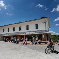 Youth Hostel Non Stop Inn by IrriSarri Land