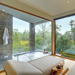 โรงแรมที่มีจากุซซี่  โรงแรมที่มีจากุซซี่ 465 แห่งในจังหวัดชลบุรี